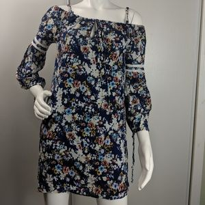 Wayf floral dress off shoulder floral rayon size L